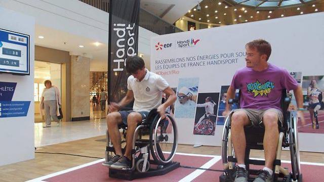 Handisport : pas facile de foncer en fauteuil